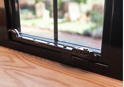 steel windows peg stay